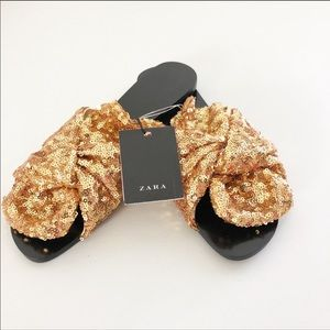 NWT Zara Knotted Sequin Slides- Gold